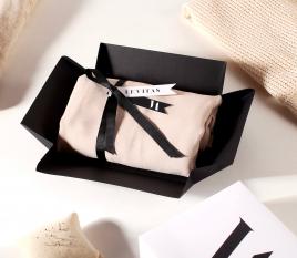 Schachtel für Hemden