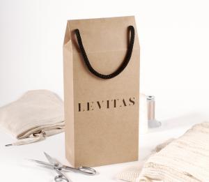 Caja regalo tipo bolsa para ropa