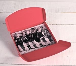 Caja para fotos en color rojo