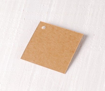 10 Square tags