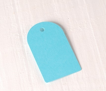 10 Curved Tags