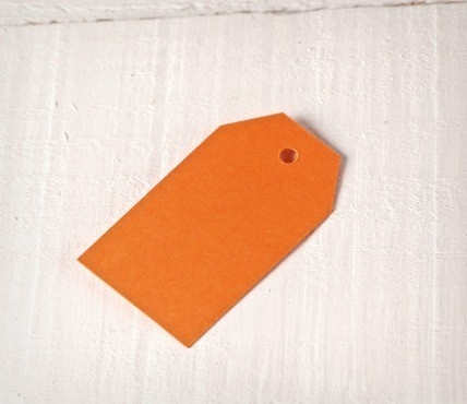 10 Small tags