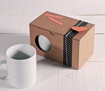 Schachtel für zwei Tassen in Kraftpapierfarbe