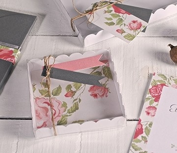 Clear boxes for wedding favours