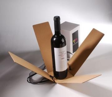Scatola  per vini con fiocco ed etichetta stampata