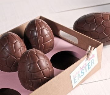 Cardboard tray for Easter eggs