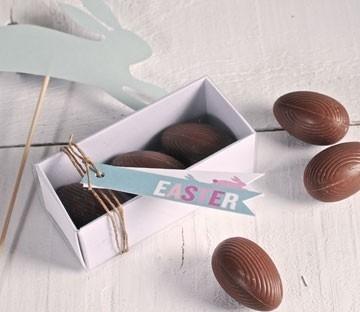 Rectangular boxes for chocolat eggs