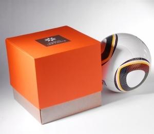 Orange gift box with an original opening