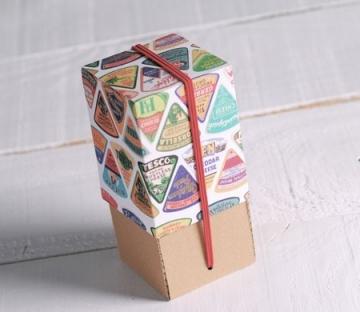 Scatola verticale con coperchio stampato