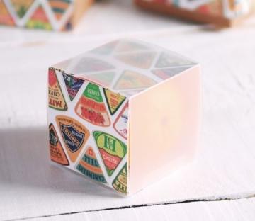 Caja cuadrada impresa