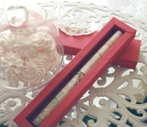 Flat pack pen gift box