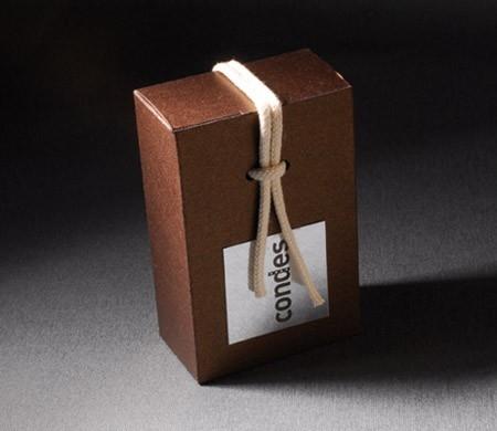 Caja pequeña para obsequios en hoteles