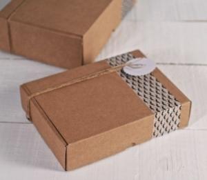 Scatola rettangolare per spedizioni