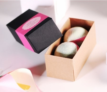 Little box to give as a present on Mother's day