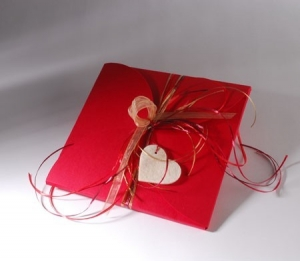 Red box for foulards