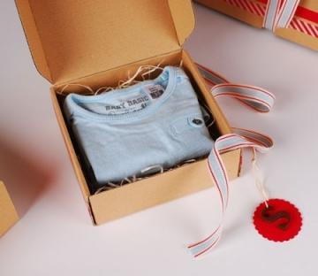 Cajita automontable para ropa infantil