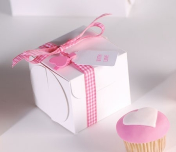 Box for a cupcake with ribbon