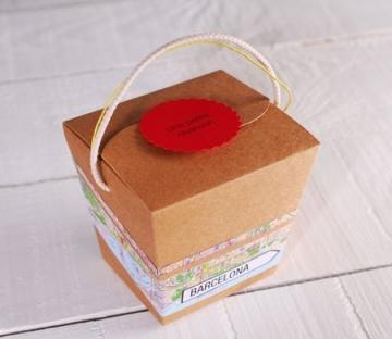 Brown kraft noodle box