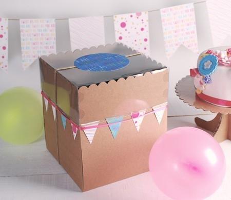Caja alta para pasteles