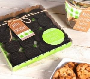Scatola quadrata per biscotti