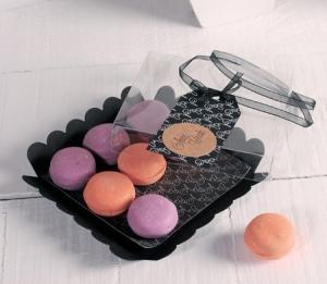 Little black box for macarons