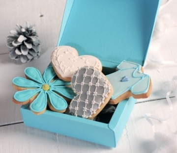 Turquoise gift box for cookies