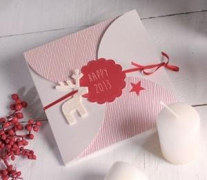 Sobre de cartón para felicitaciones navideñas