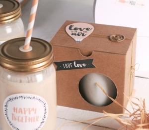 Scatole per tazze decorate per San Valentino