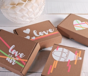Romantic box decorated with vinyl