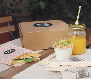 Kit de caja y envases para desayunos