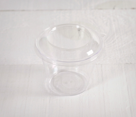 Bicchierino in plastica per i gelati