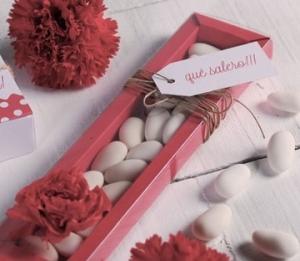Caja alargada para caramelos