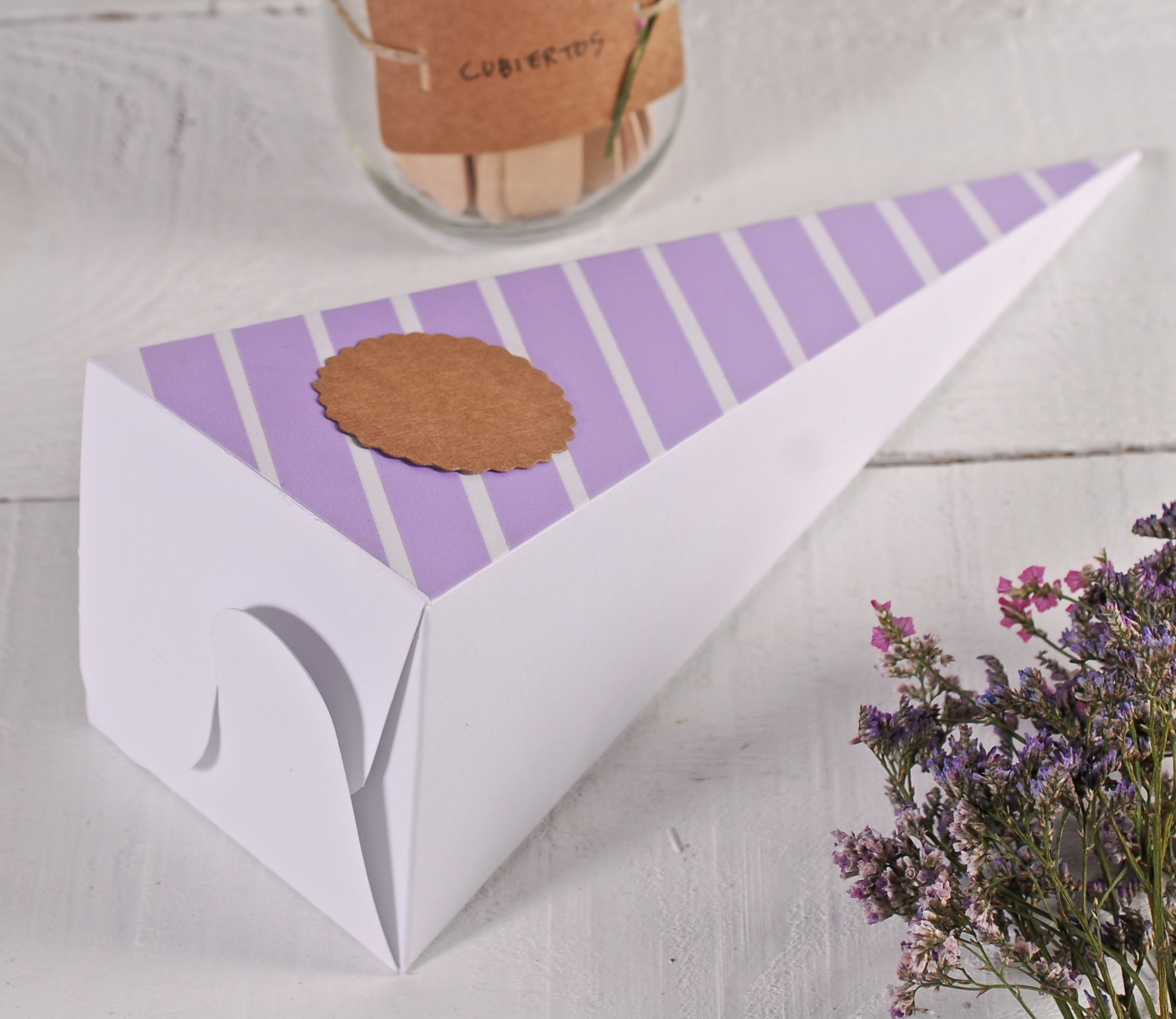 Wedding favour boxes - SelfPackaging