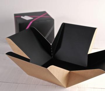 Elegante caja de regalo