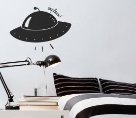 Kinderwandaufkleber mit Raumschiff