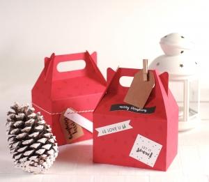 Caja regalo picnic con decoración navideña