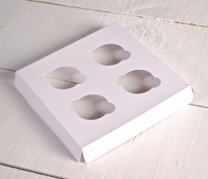 4 Mini Cupcakes