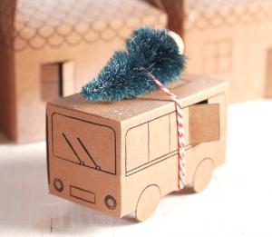 Caja en forma de auto