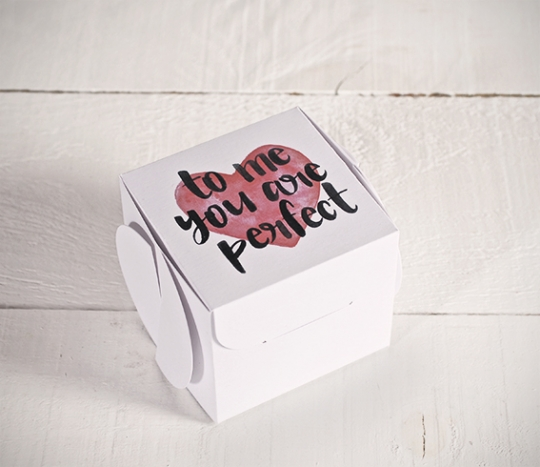 Gift box with romantic sentence