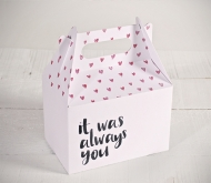 "Scatole con stampa ""Always you"" e cuori"