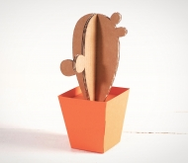 Papp-Kaktus mit Blumentopf