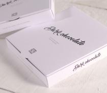 Simple lidded gift box