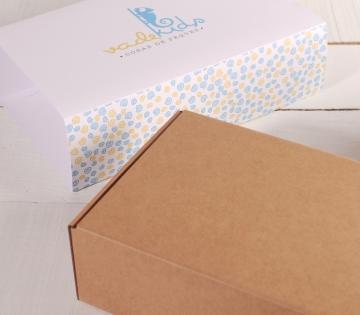 Große Schachtel mit Ummantelung für Kinder