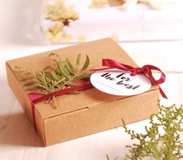 Decoración floral de caja plana