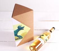 Scatola triangolare per bottiglia