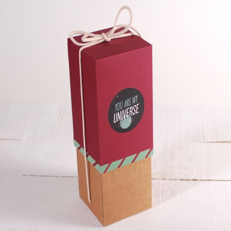 Decoración original caja de vino con folder