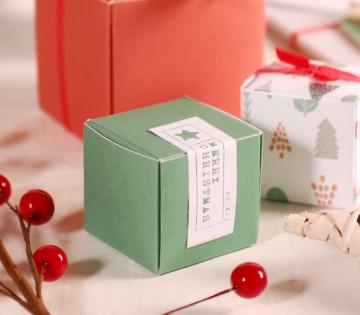 Decorazione natalizia semplice scatola quadrata