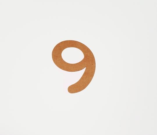 Number topper