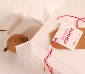 Environmentally-friendly perfume box
