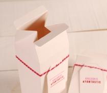 Scatola regalo a forma di tetra brik